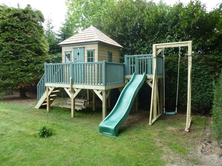 jeux d 39 enfants dans le jardin cr ez un espace adapt toboggan jardin maison et le jardin. Black Bedroom Furniture Sets. Home Design Ideas