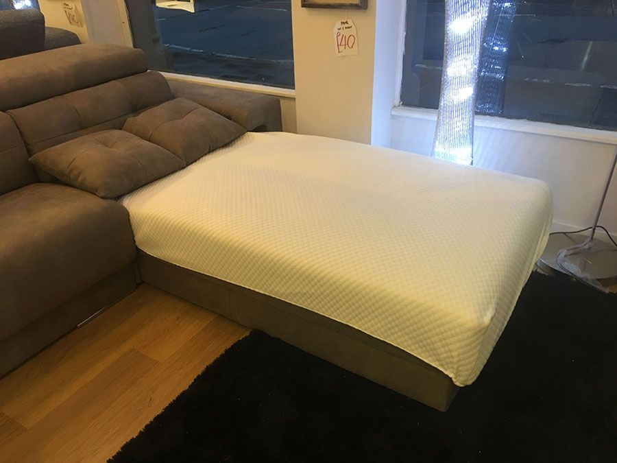Habitat Chaise Lounge Deployed As A Single Bed With Bed Sheet Corner Sofa Sofa Extra Seating Space