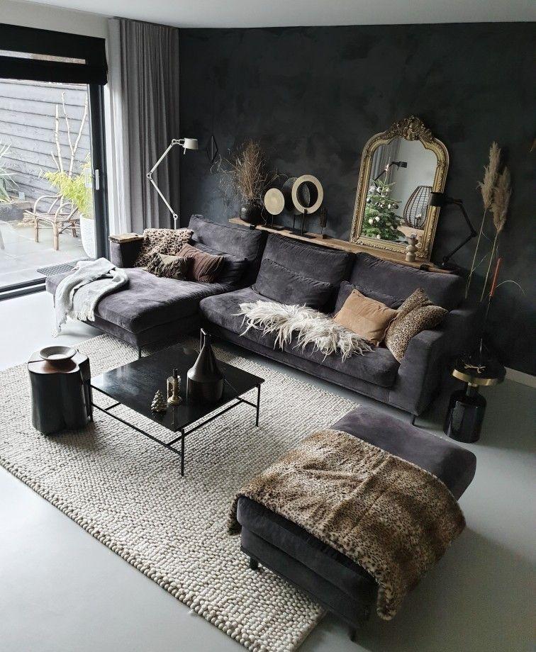 Een Zwarte Muur In Huis Met Een Prachtige Betonlook Huizedop Living Room Decor Modern Living Room Decor Apartment Living Room Decor Cozy