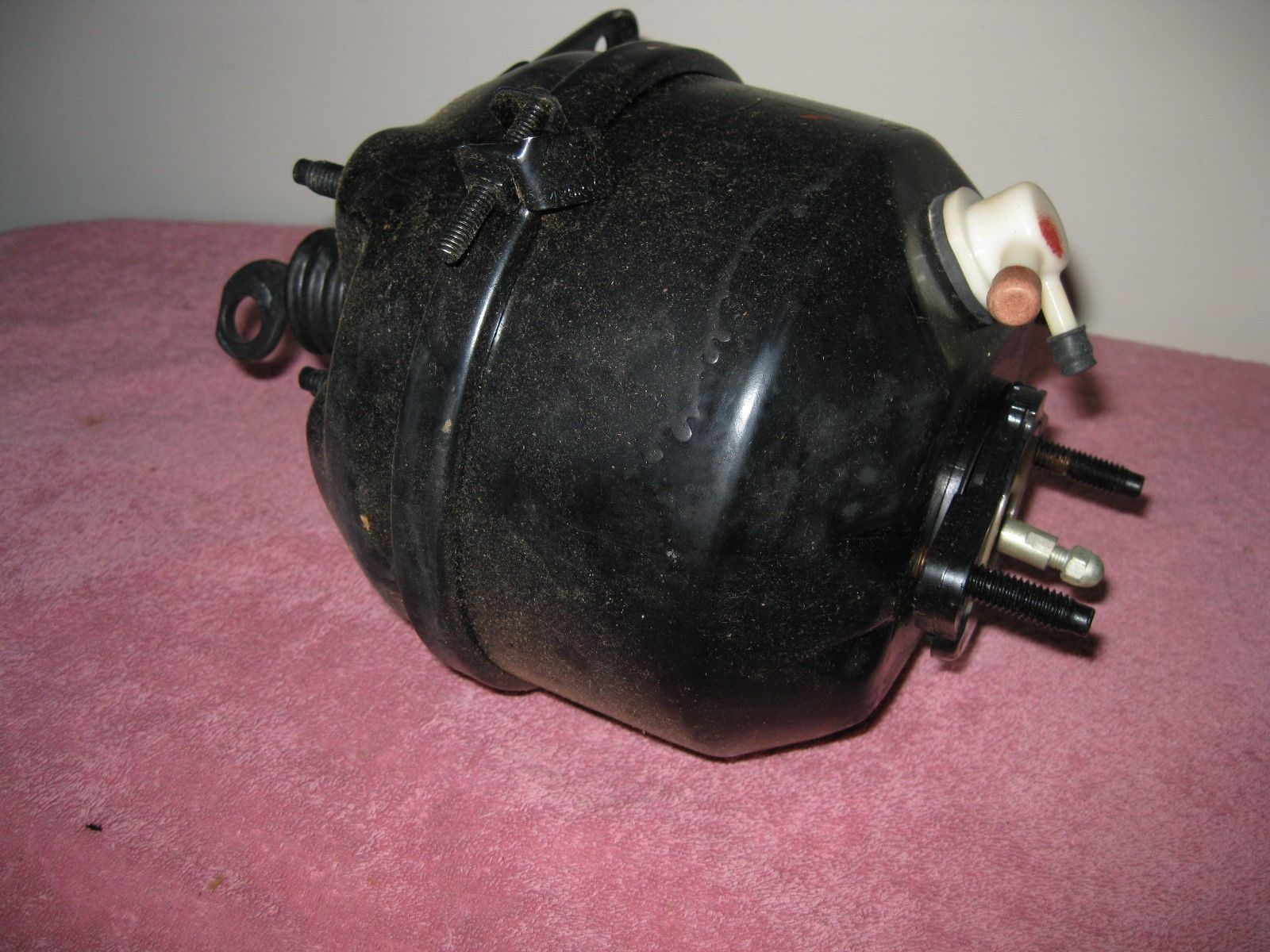 Nos 1967 1968 ford mustang shelby cougar power brake booster