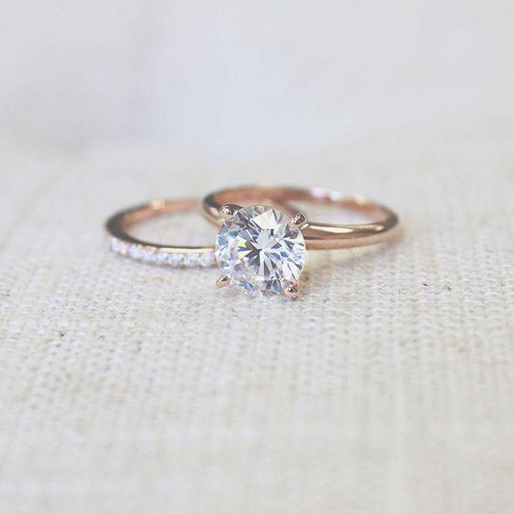 Loving this 2.0ct Round Cut Diamond Hybrid!  #diamond #hybrid #loving #round