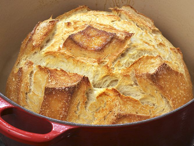 The best loaf of bread, home-made in your Le creuset ...