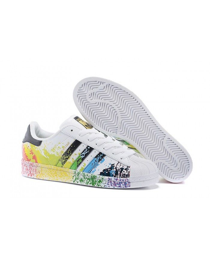 aeb7461e4da Homme Femme Adidas Originals Superstar Pride Pack Running Blanche Ftw Core  Noir ZZ15390