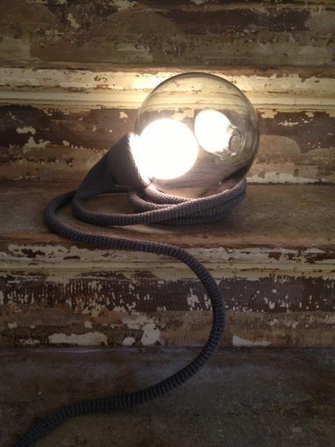 Licht in de duisternis  #leenbakker