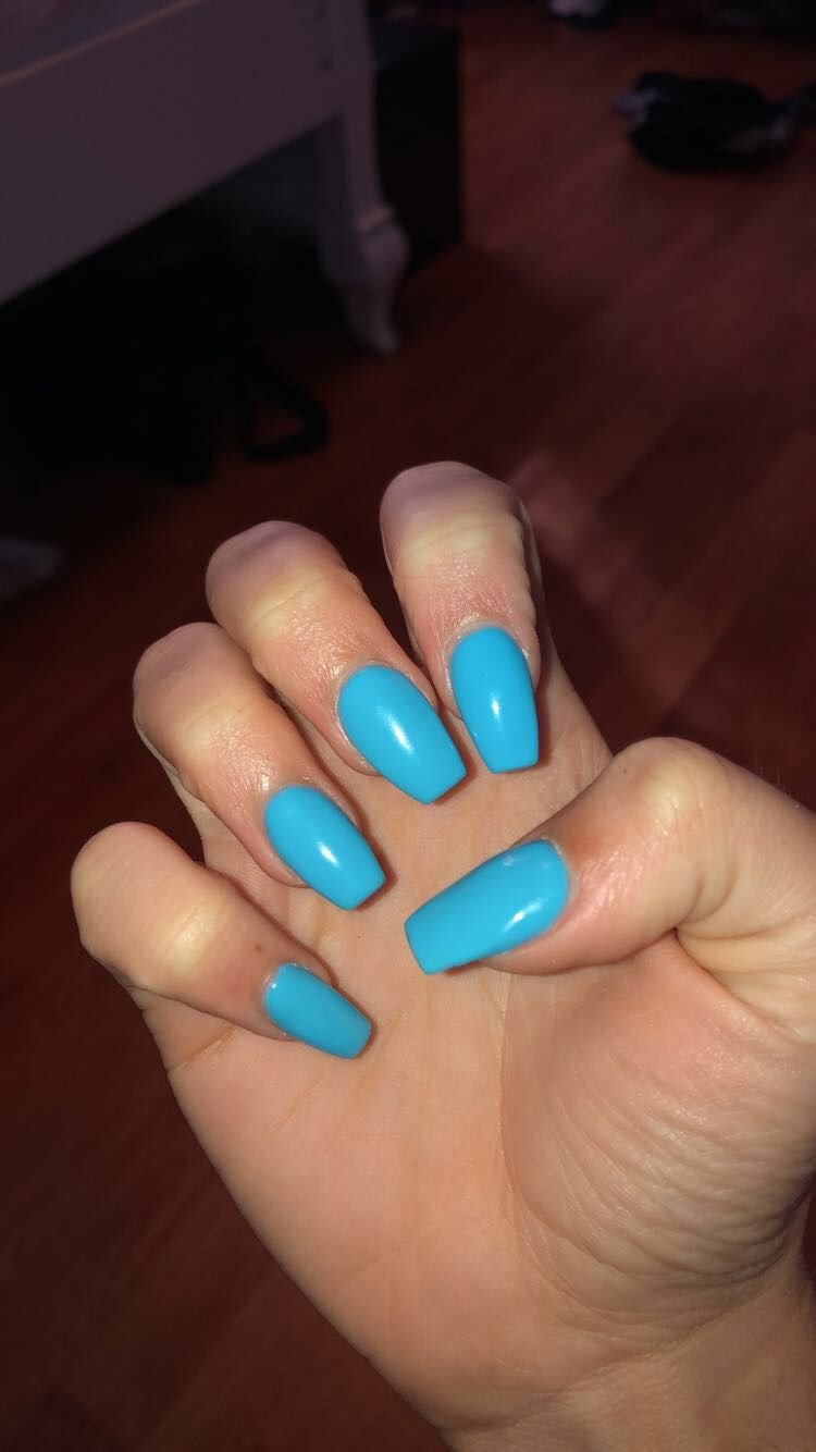 short blue acrylic coffin nails Coffin nails, Nails, Coffin