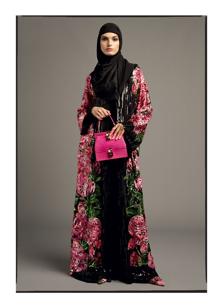 on sale 9850f ac202 The Cultured Twists Behind Dolce and Gabbana New Abayas ...