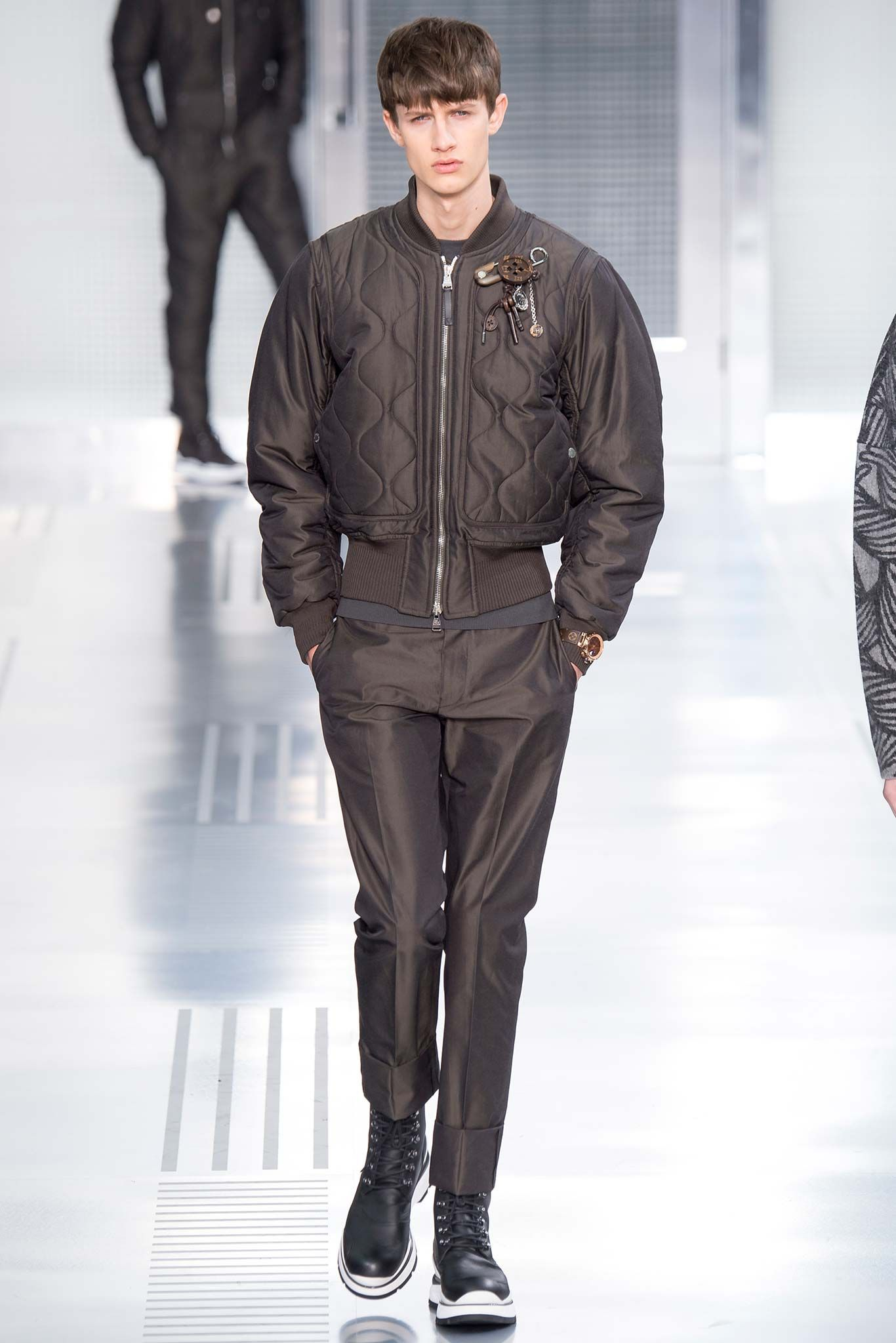 Louis Vuitton Fall 2015 Menswear - Collection - Gallery - Style.com
