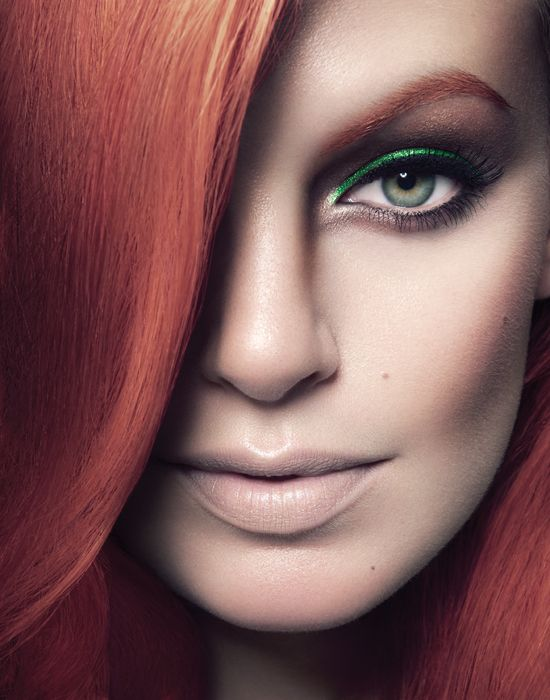 smoky eyes vert thebeautyhours the eyes in color pinterest yeux. Black Bedroom Furniture Sets. Home Design Ideas