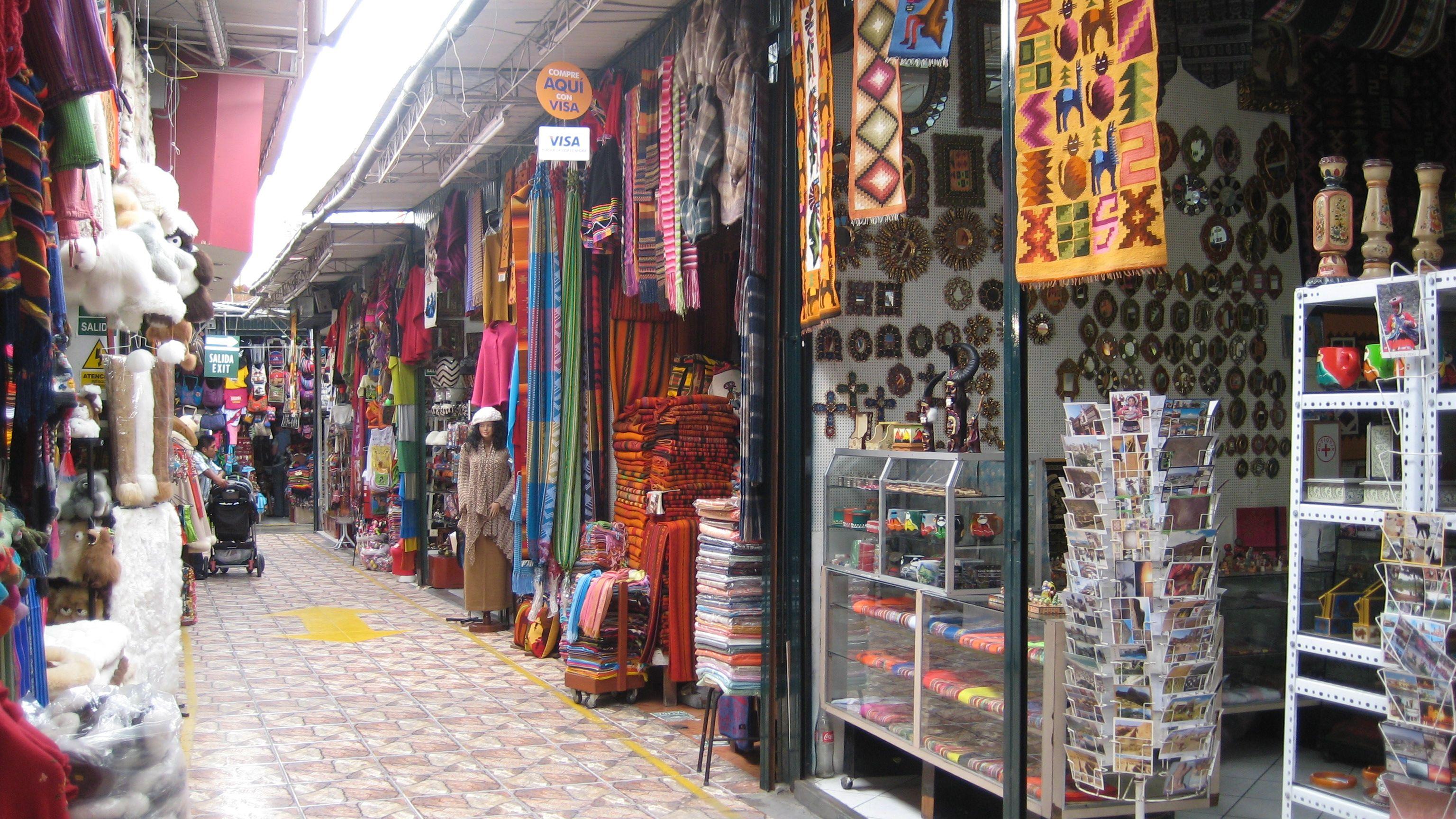 Indian Market in Lima, Peru ~ T.J.   Travel photos, Photo, Peru