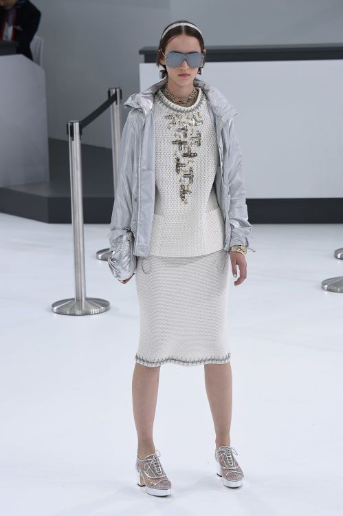 Chanel | Spring 2016 | Look 68
