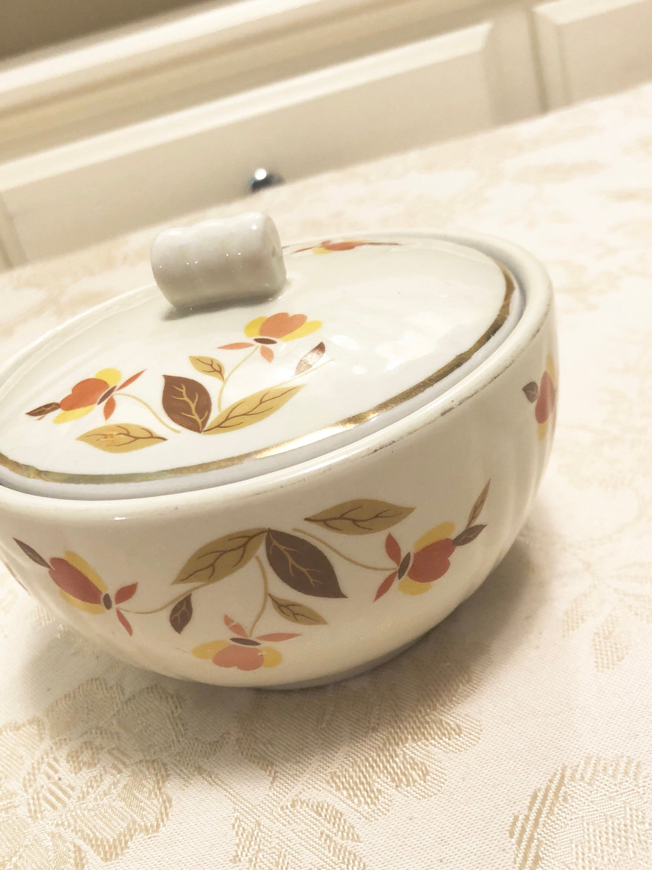 Hall Covered Dish Fall Leafs Detailing Fall Flower By Etsy In 2021 Antique Dishes Vintage Porcelain Hall Pottery