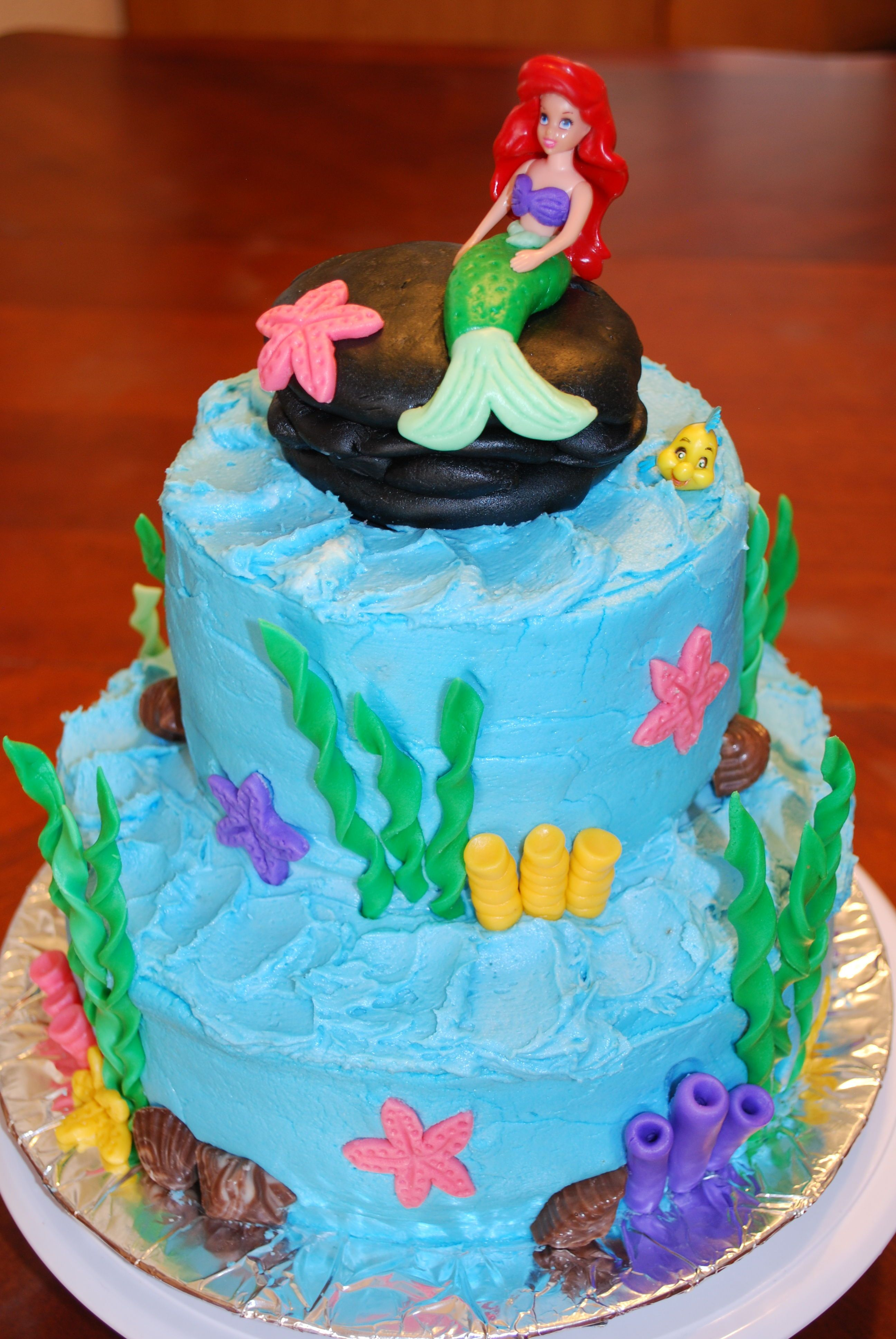 Ariel Cake Decorations I Like This For Ideas Little Mermaid Cake Buttercream With