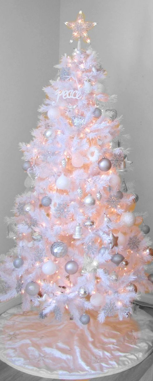 Luxuriant White Christmas Tree Decorating Ideas, Artificial White Christmas Trees #pastel #pink #christmas www.loveitsomuch.com