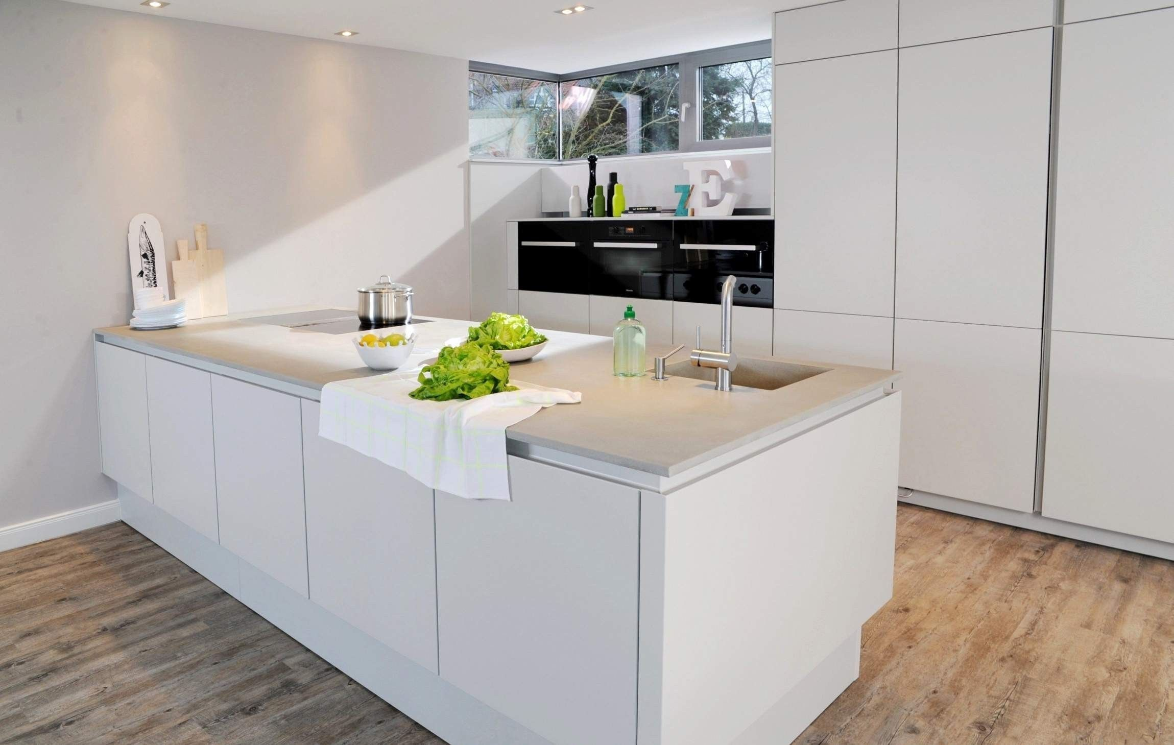 Ikea Kuche Arbeitsplatte Ikea Metod Kitchen Off White Bobdyn Home White Kitchen Remodeling Ikea Kitchen Kitchen Decor