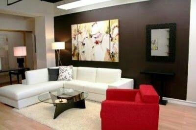 Sala minimalista blanco-rojo