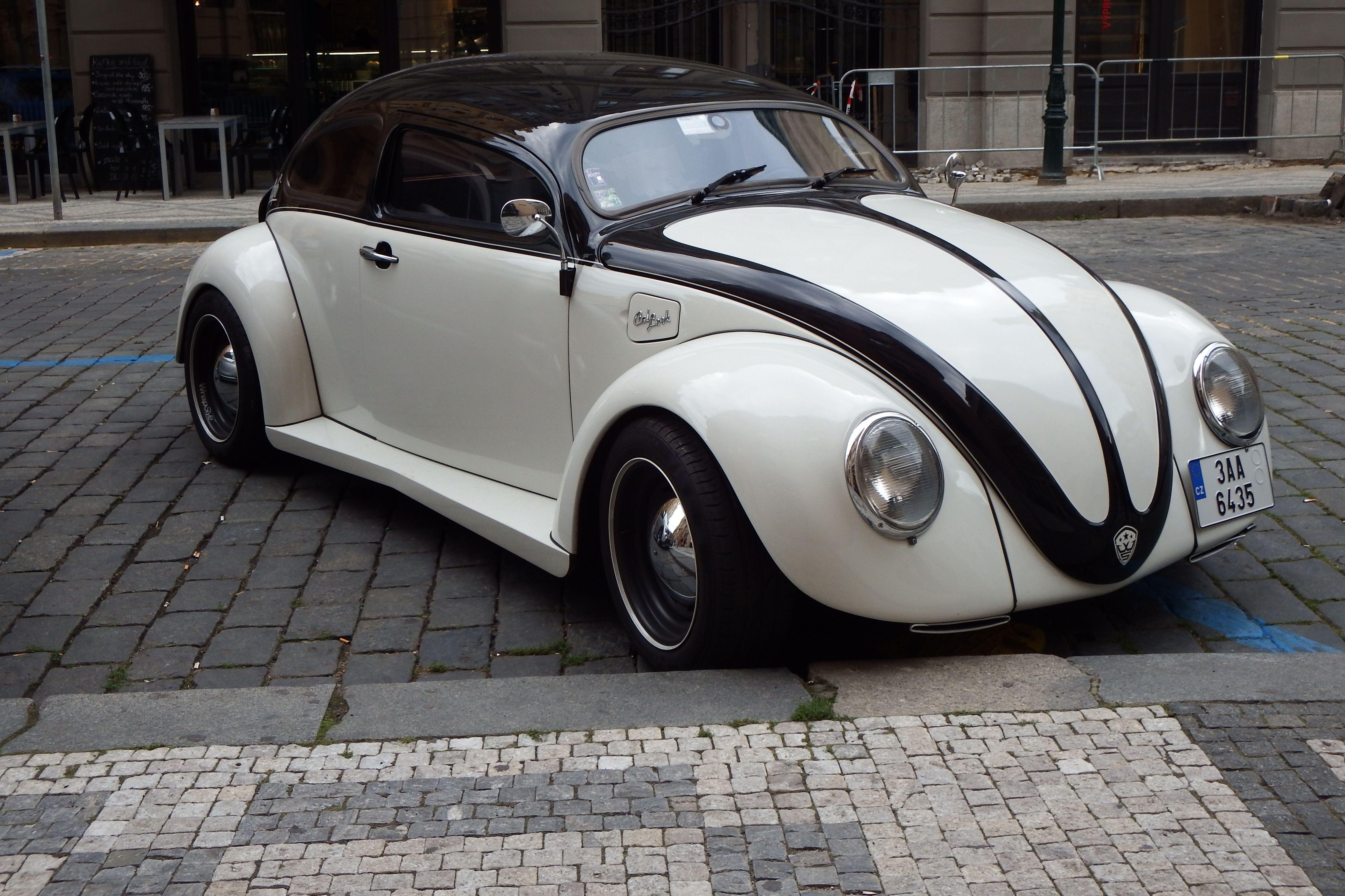 tuned volkswagen beetle vw custom cars vw cars. Black Bedroom Furniture Sets. Home Design Ideas