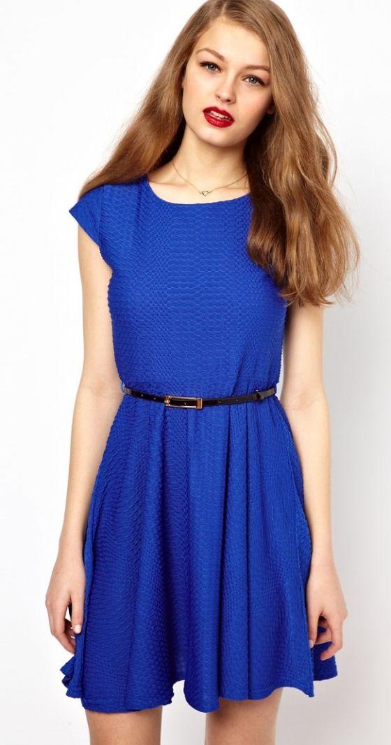 Kobaltblaues Kleid, Schlichte Mode, Modestile, Modische Kleider, Zooey  Deschanel, Skater Kleidung, Blaue Kleider, New Girl 7bc694f989