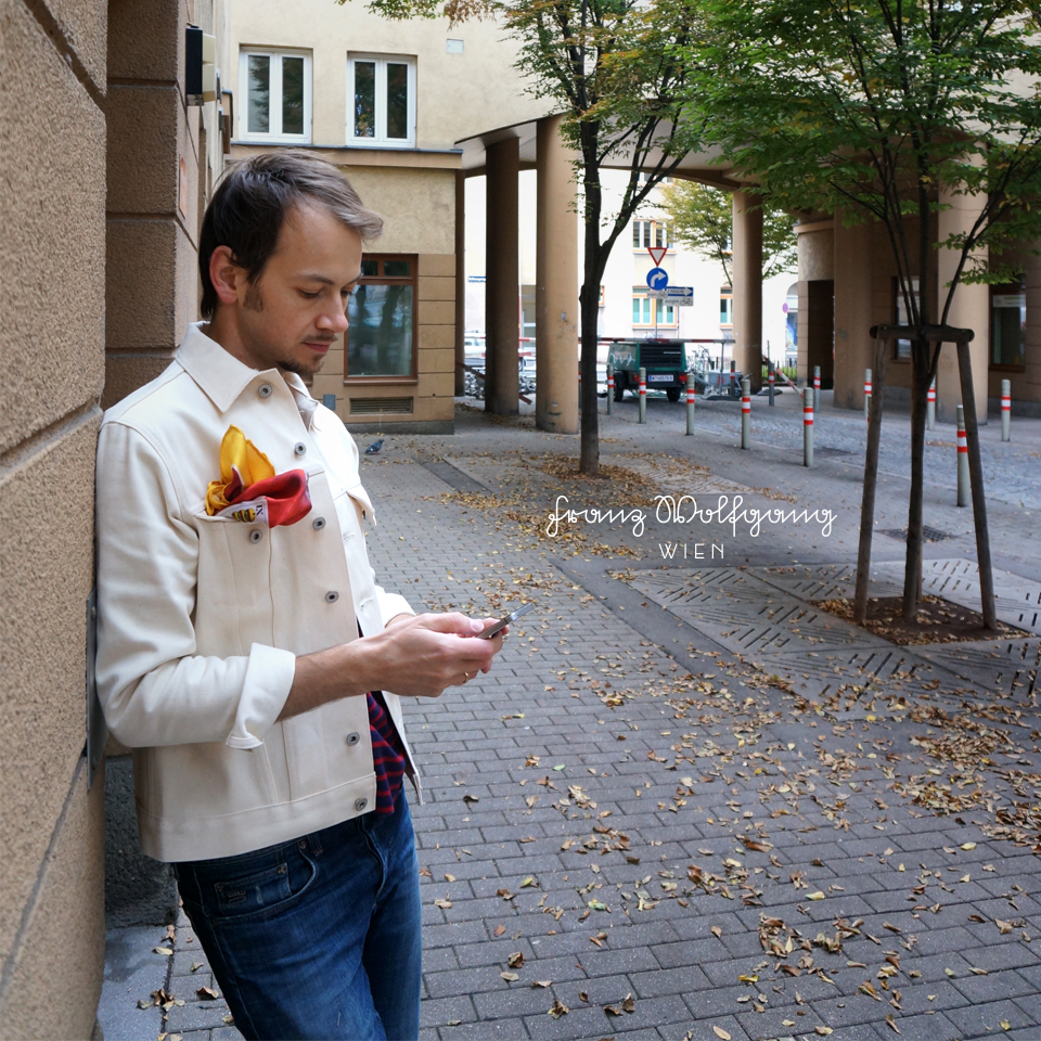 Unsere Koalition: Einstecktuch mit Jeansjacke #einstecktuch #denim #men #franzwolfgang #style #street