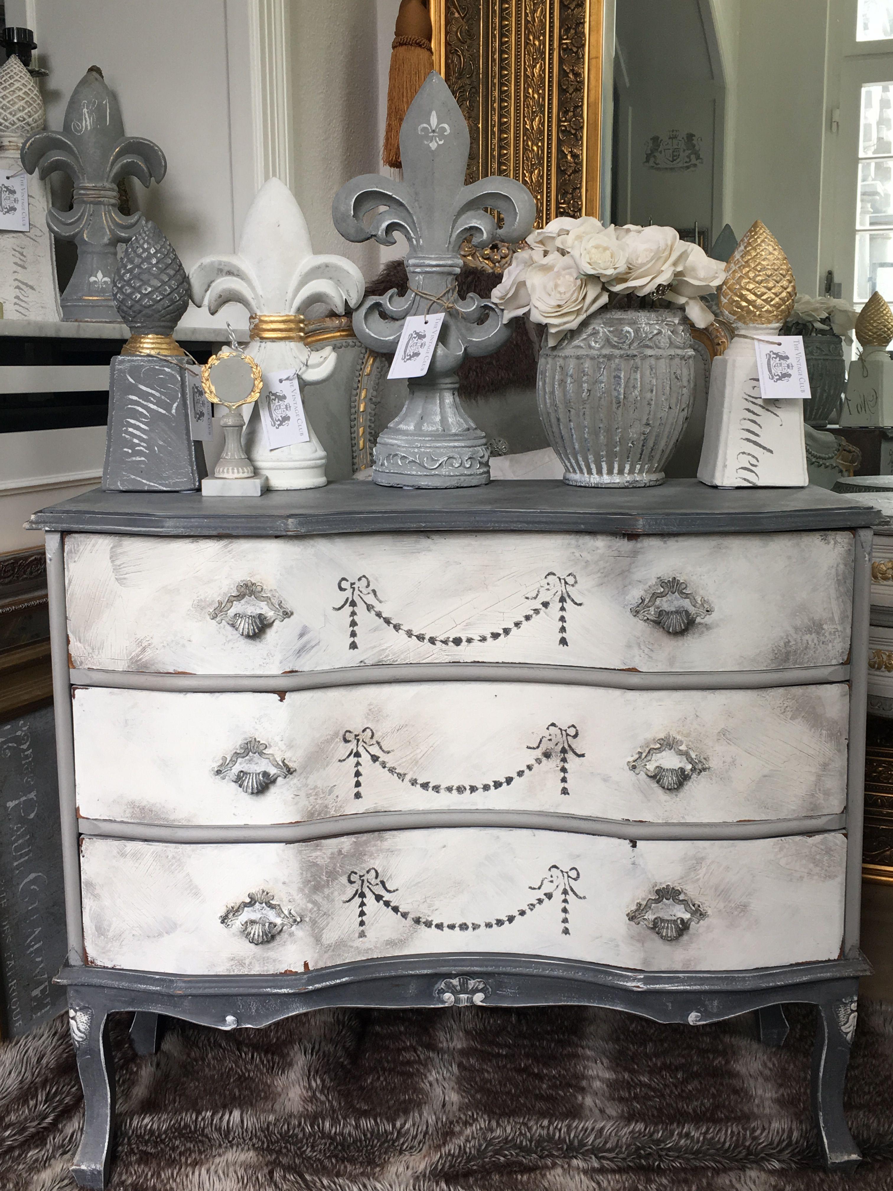 pin by the vintage club on m bel shabby chic vintage antik pinterest. Black Bedroom Furniture Sets. Home Design Ideas