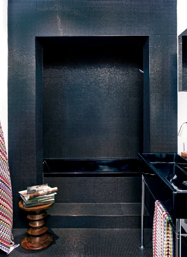 cinq inspirations douches pour rnover la salle de bains mosaque noire dcormag