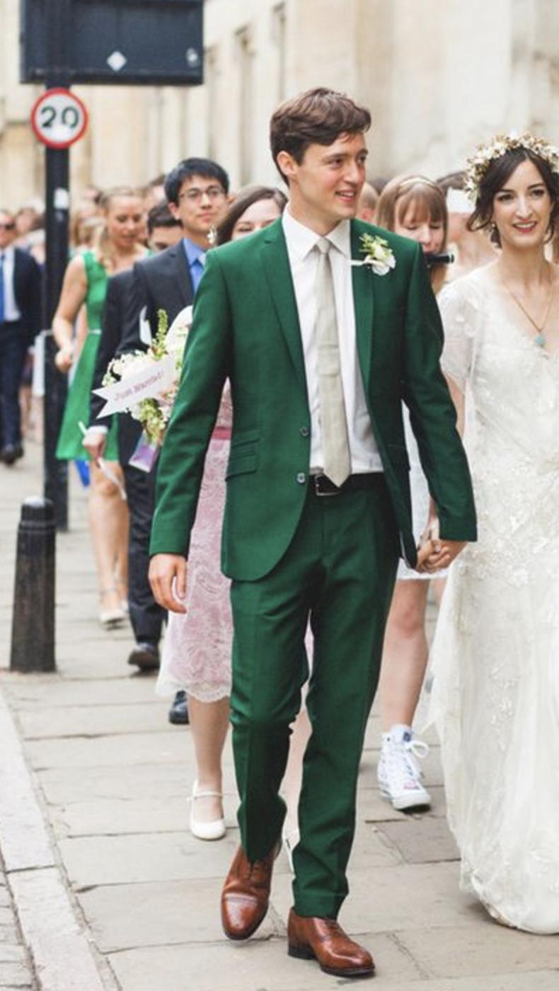 Emerald green wedding suit. Summer wedding suit ideas