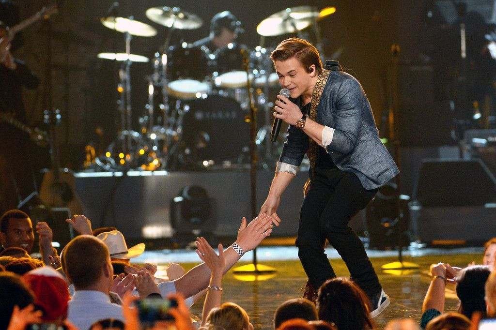 Hunter @ the ACM Salute To Our Troops