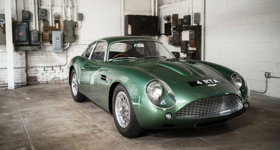 James Bond Can Only Dream Of This Aston Martin Db4 Gt Zagato Classic Driver Magazine Astonmartinclassiccars Voitures Classiques Voiture Voitures Anciennes