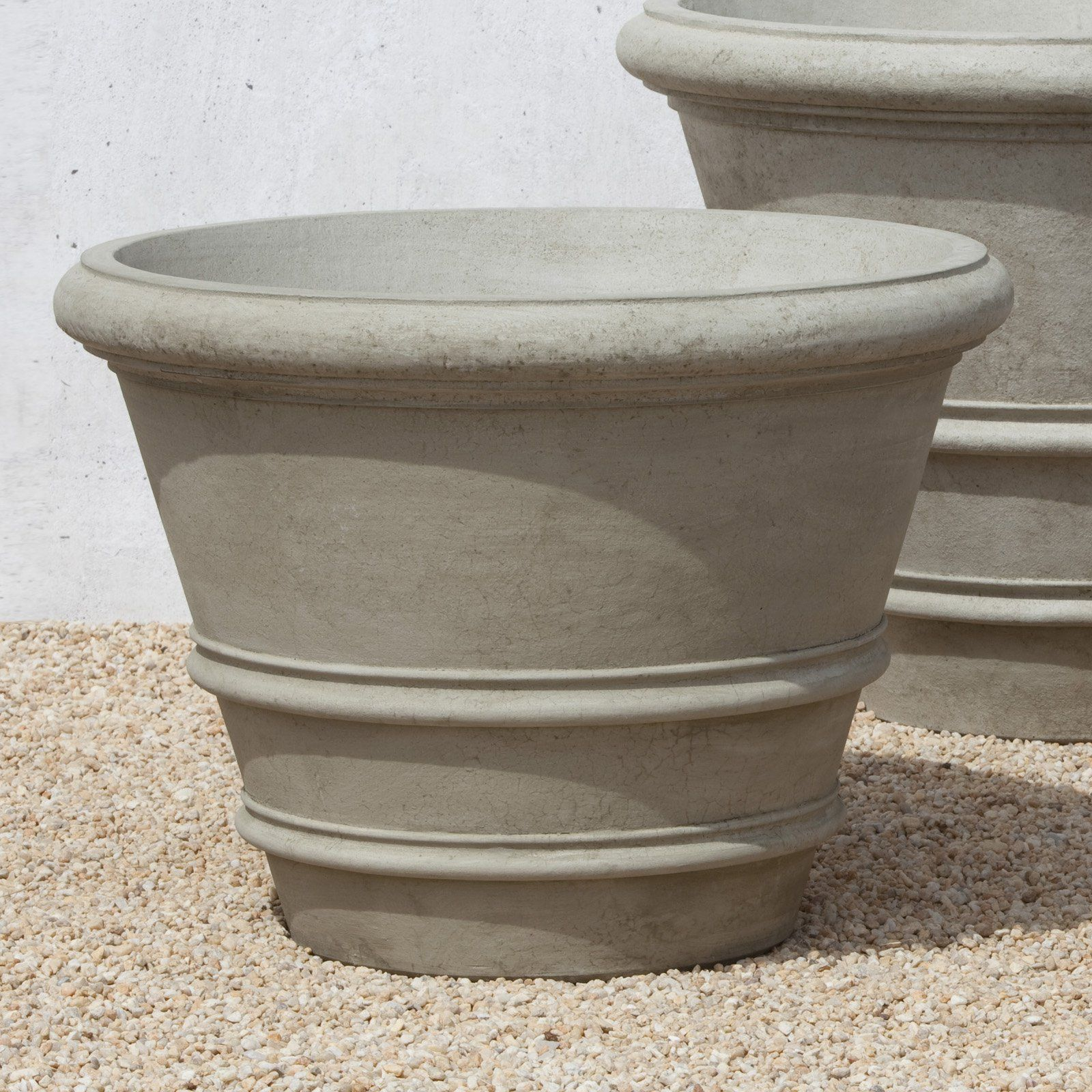 Campania International Classic Rolled Rim Cast Stone Planter   31.5 In.    Planters At Hayneedle
