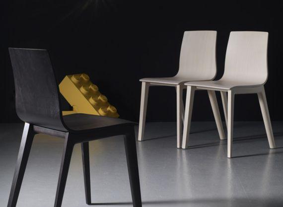 Sledge | Nos produits | Chaise | CHAISE SMILLA  http://www.sledge.fr/produits/chaises/chaise-smilla