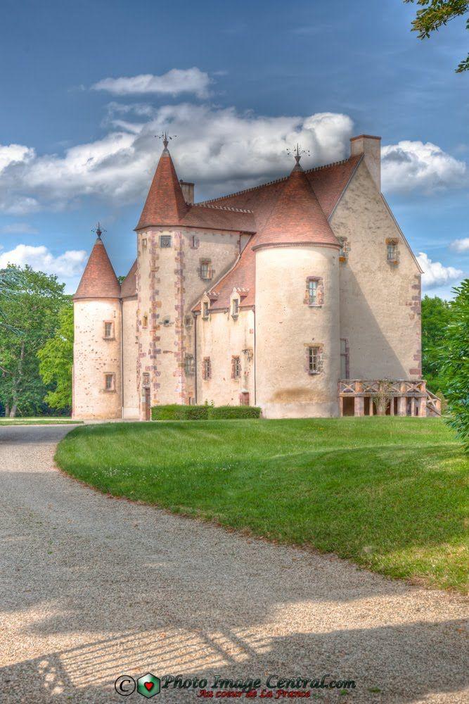 Château de Nassigny, Auvergne, France
