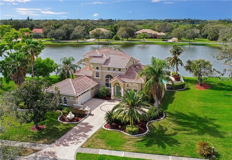 1721 Amberwynd Circle W Palmetto Fl 34221 Ever Dreamed Of Living On An Island Check Out Snead Island Gated Community Florida Lifestyle Mediterranean Homes