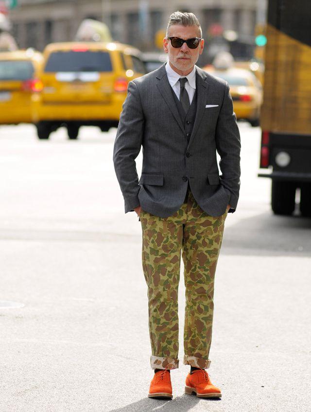 ニックウースター, 迷彩パンツ, 男のスタイル, ストリートスタイル, メンズファッション, ファッションモーダ, ファッション2015, 紳士服,  オレンジ色の靴