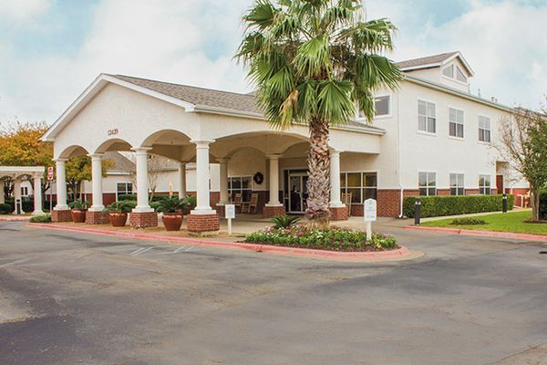 The Most Impressive And Widely Recognized Trait Of Brookdale Parmer Lane Is Its Dedicated Staff Every S Senior Living Communities House Styles Assisted Living