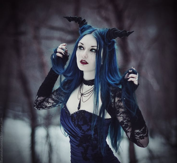 Blue Hair And Horns A Tempting Gothic Woodland Witch Fairy Or Fantasy Fashion Look For Grimm And Fairy Followers Goth Gothic Fashion Goth Beauty