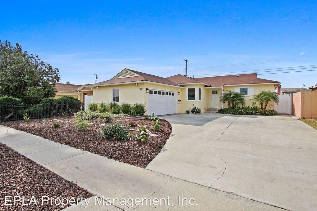 13007 Spinning Ave Gardena Ca 90249 Realtor Com In 2020 Gardena House Styles Mansions