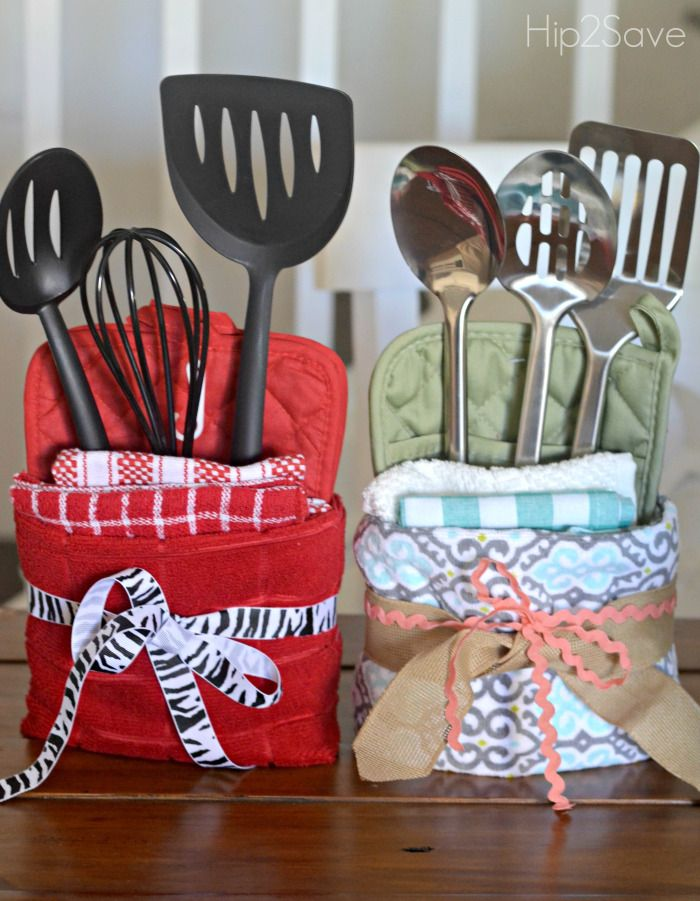 Here S How To Turn Dollar Store Towels And Utensils Into A Fabulous Homemade Gift Id Diy Christmas Gifts Cheap Cheap Christmas Gifts Christmas Gift Baskets Diy