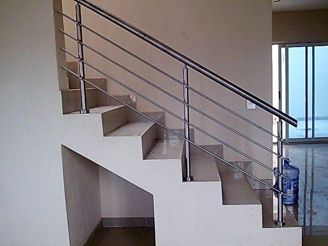 Balcones modernos buscar con google casa pinterest - Barandales modernos para escaleras ...
