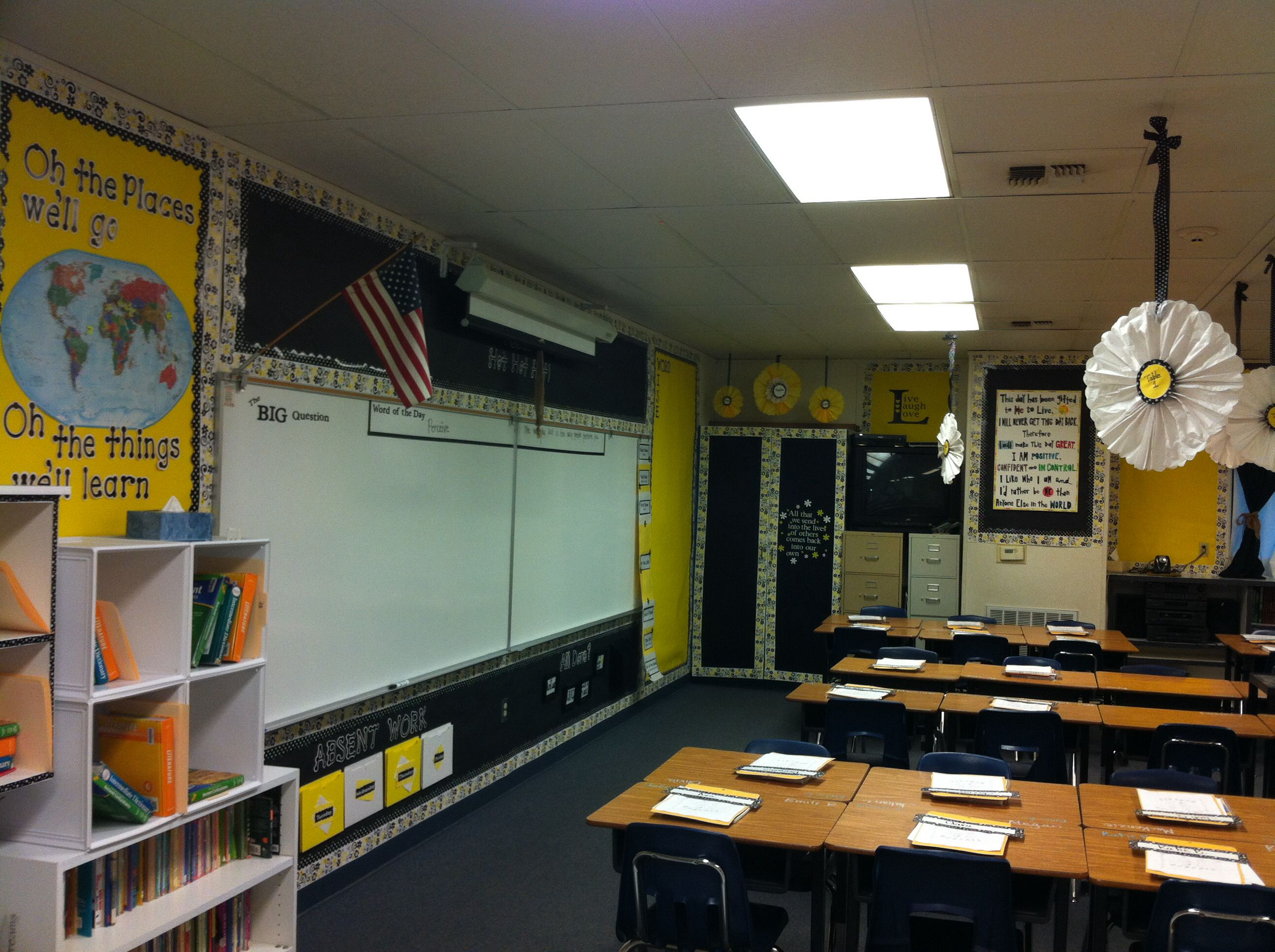 Yellow Classroom Decor : Classroom decor thought the black and yellow was too bright at first