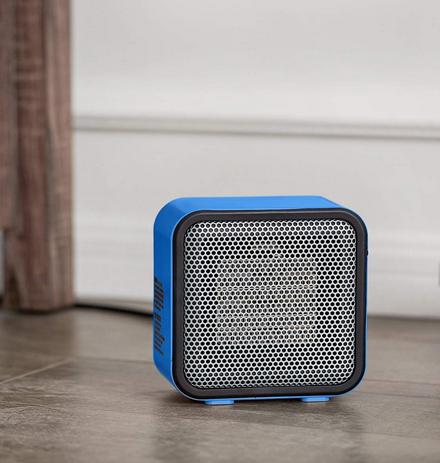Amazonbasics 500 Watt Space Personal Mini Heater Blue Small Spaces Space Heater Heater