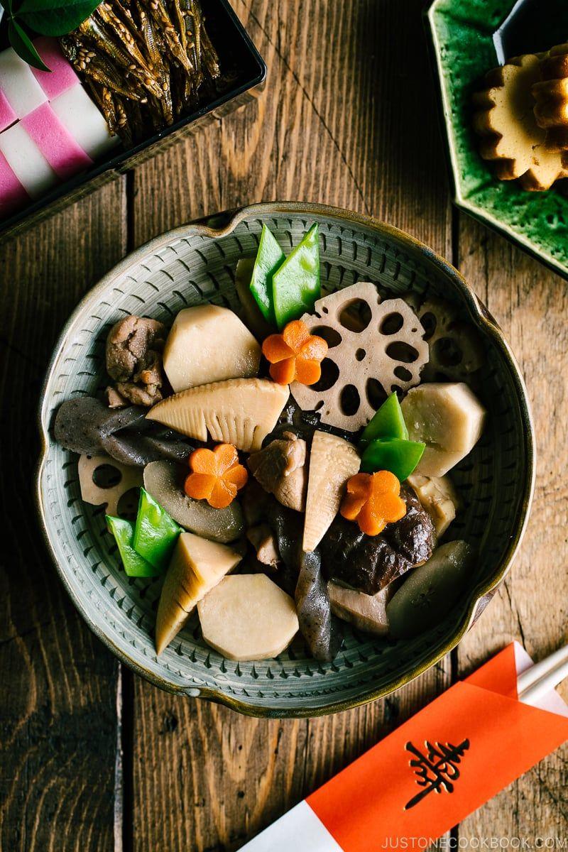Chikuzenni / Nishime (Simmered Chicken and Vegetables