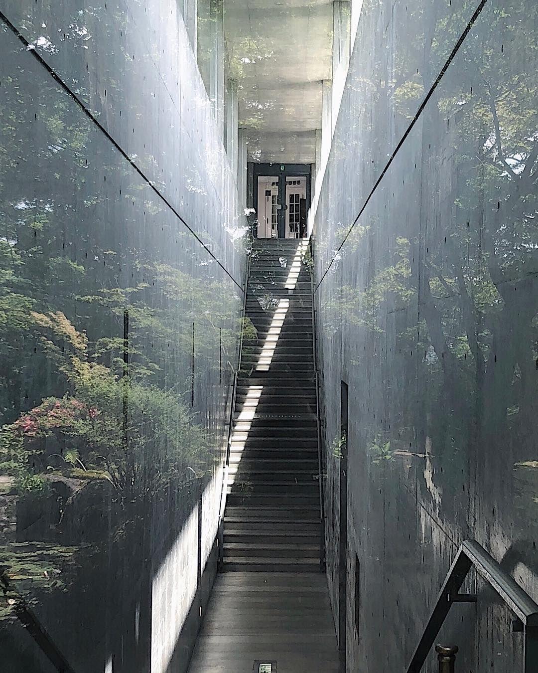 Its Miii On Instagram Tadao Ando 12 ガラス越しの地中の宝石箱 コンクリートに映し出されたかのような庭園の趣き深さ 大山崎山荘美術館 安藤忠雄 安藤建築 Minimalist Architecture Tadao Ando Architecture