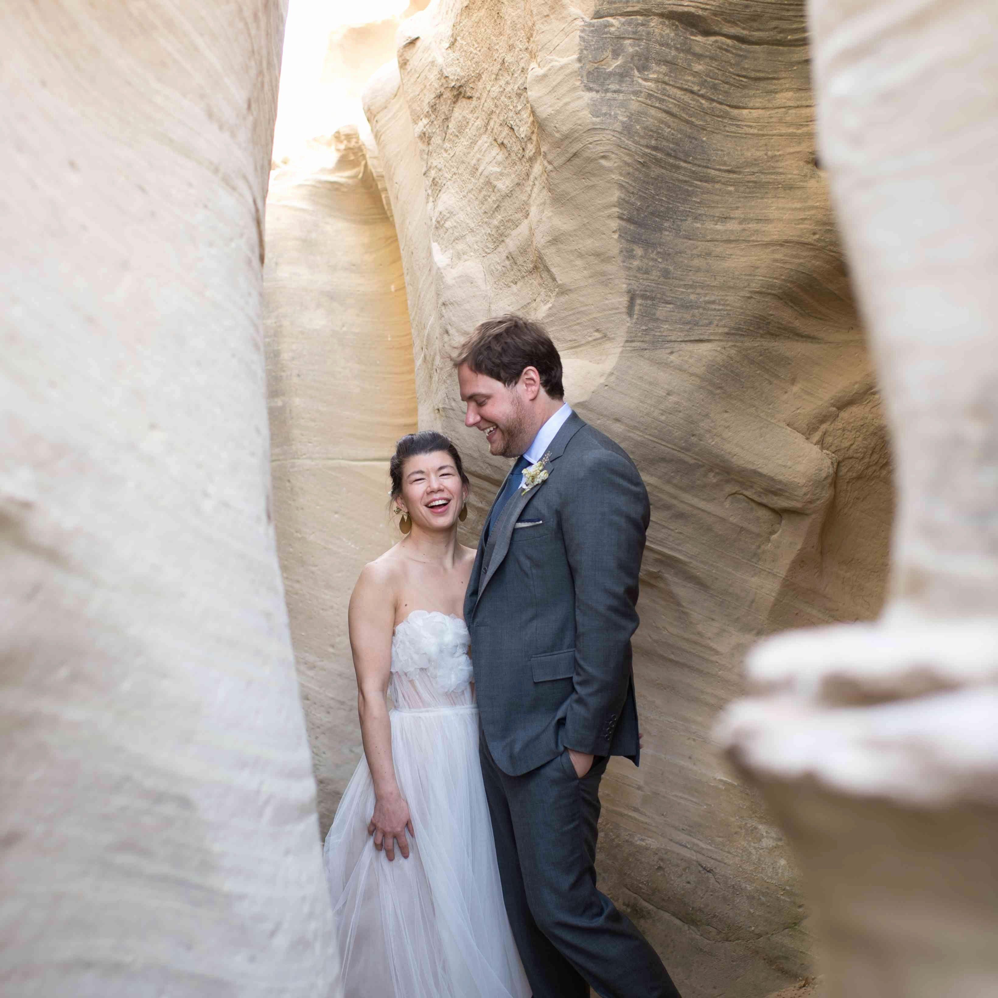 Wedding Dress Rental Las Vegas Awesome An Intimate Desert Wedding At Amangiri In Utah In 2020 Rental Wedding Dresses Vegas Wedding Dress Las Vegas Wedding Dress Rental