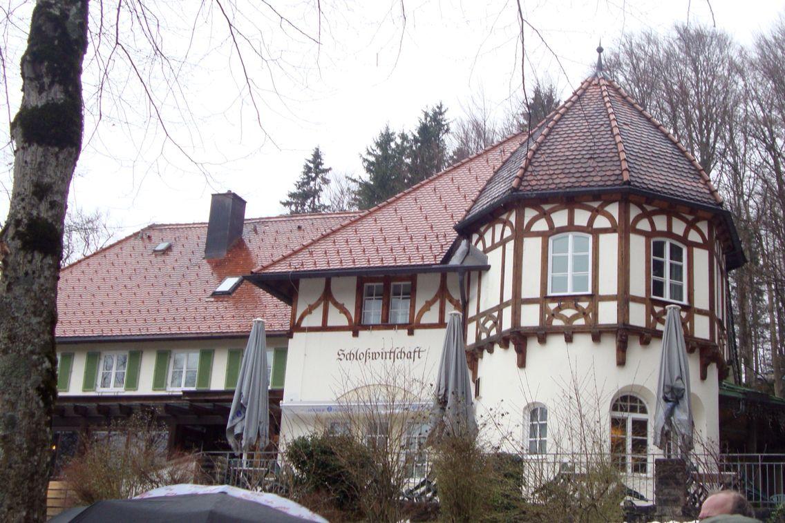 Restaurant Midway To Schloss Neuschwanstein Castle Neuschwanstein Castle Schloss Neuschwanstein Greatest Adventure