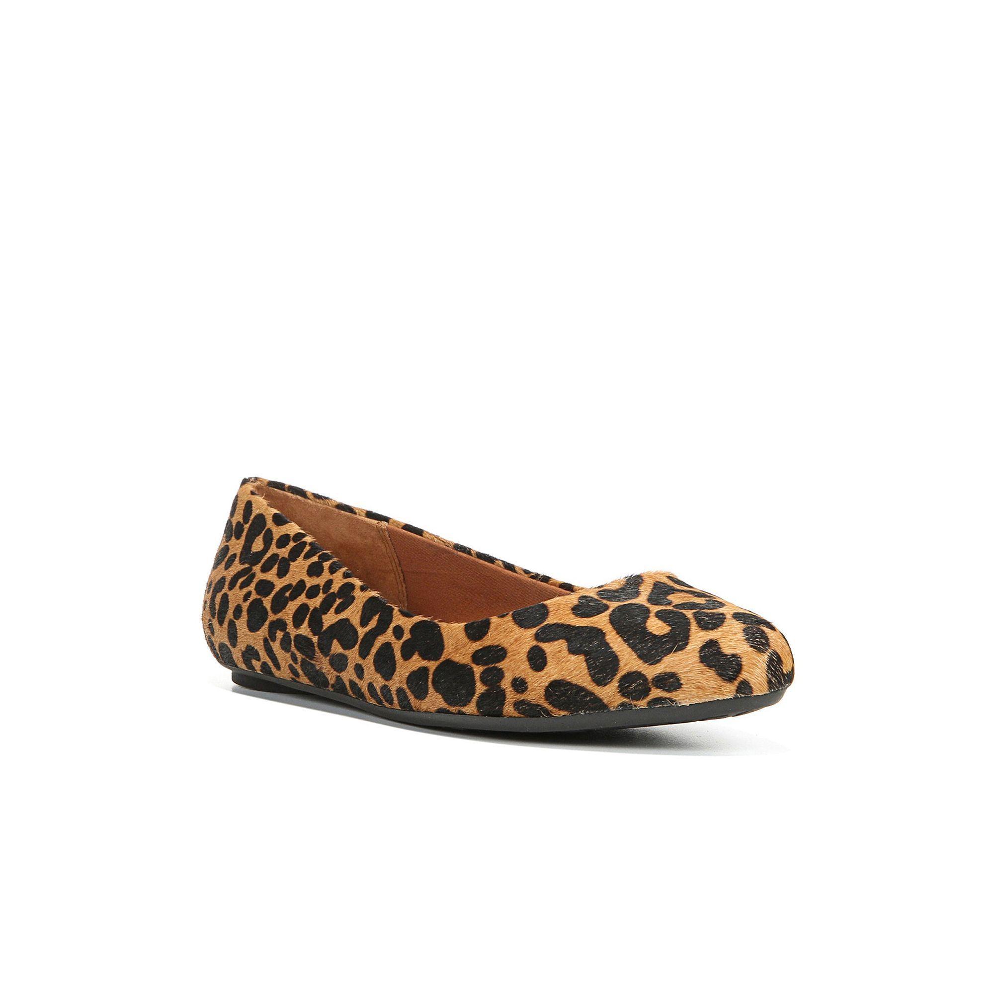 19e7716a8ff2 Dr. Scholl s Really Women s Leopard Print Ballet Flats