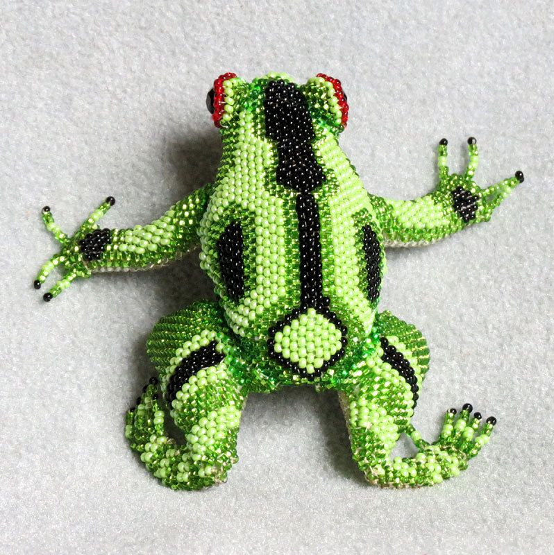 green and black frog beaded figurine made in guatemala