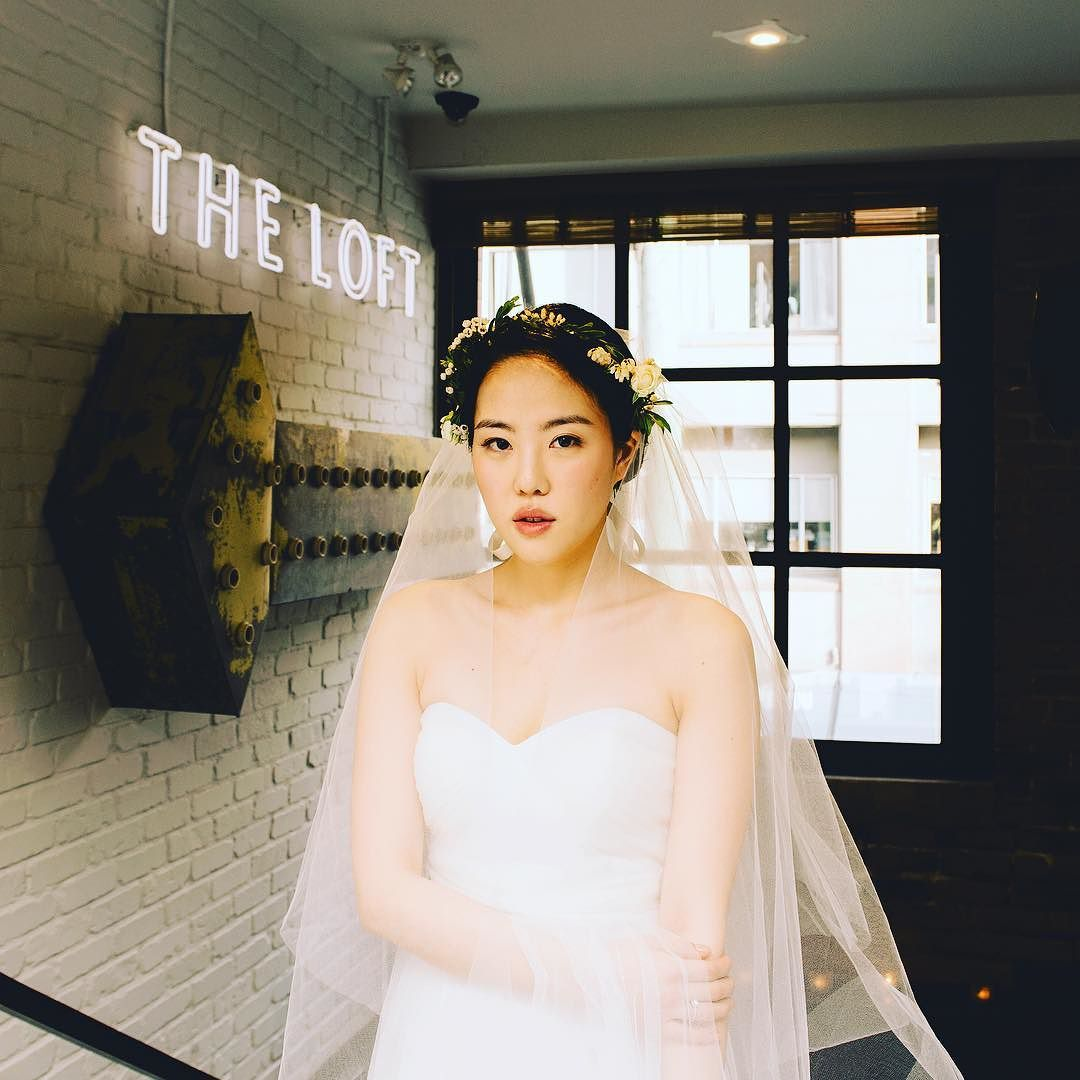 cool vancouver wedding This wedding was like a fashion lookbook slash a bride's magazine photoshoot through the whole day - it was a real wedding though. Beautiful bride, Jade at @loftatearls, Vancouver.  #Wedding by @iamjohnyoo  #vancouverwedding #vancouverwedding