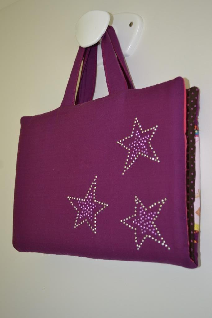 L 39 anniversaire d 39 une artiste sacs et accessoires - Dessin couture ...