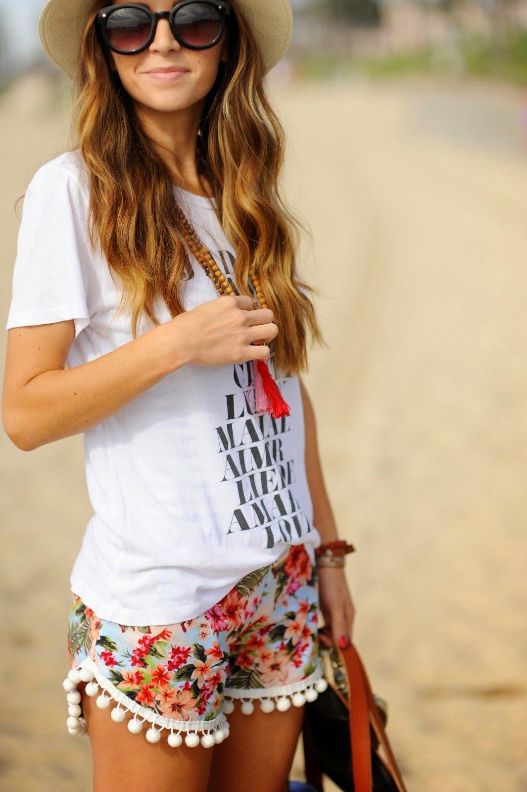 971783929 Pompom Beach Shorts Tutorial Short Pom Pom, Beach Outfits, Casual Beach  Outfit, Vacation