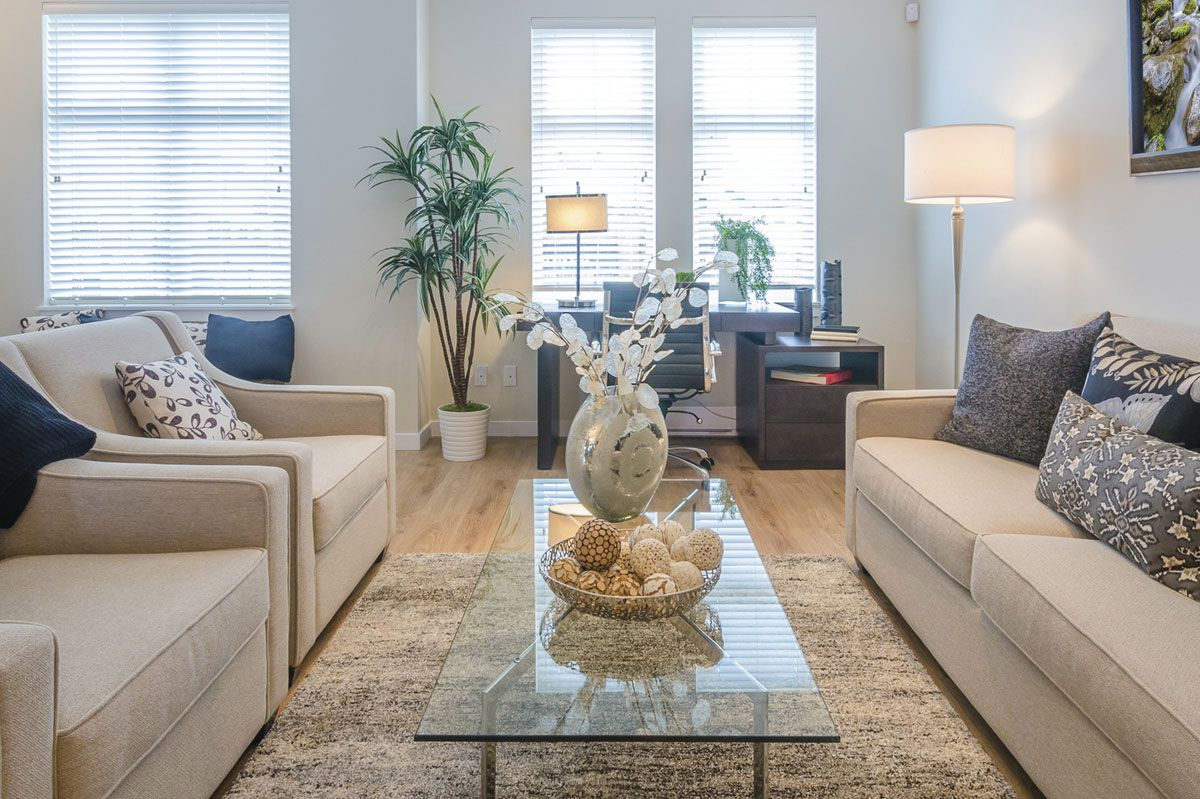 Apartment Decorating Ideas A Number Of The Inspirational Studio Apartment Decorat Small Apartment Room Small Apartment Decorating Small Apartment Living Room Living room apartment ideas