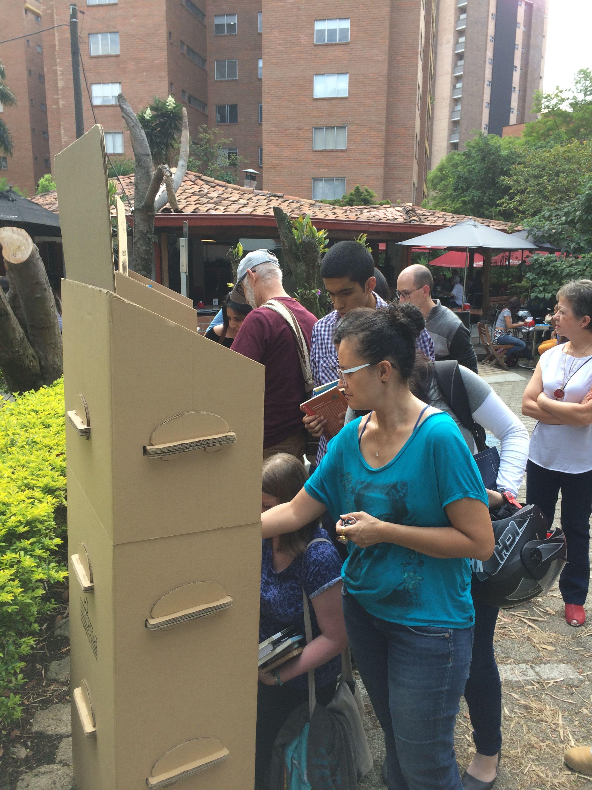 Trueque Libros en Otraparte, Feb. 2017 Medellín Libros